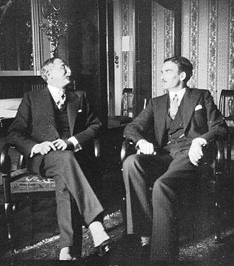 Leon Blum de França i Anthony Eden, de Gran Bretanya s'entrevisten en 1936